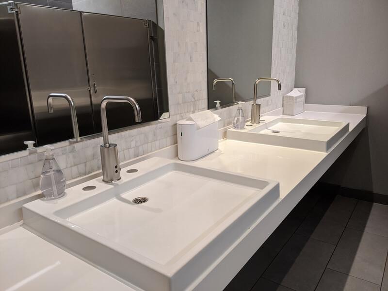 toilet voor klanten inrichten